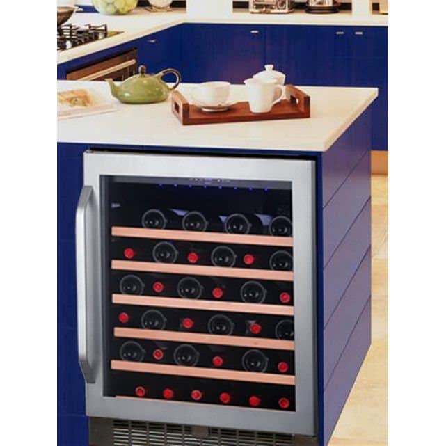 test et avis sur la cave vin avintage aci avi573e. Black Bedroom Furniture Sets. Home Design Ideas