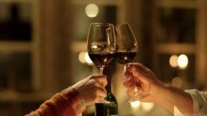 Verres à vin - Quel est l'origine du tchin-tchin-questions