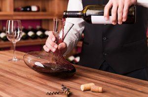 Carafer du vin